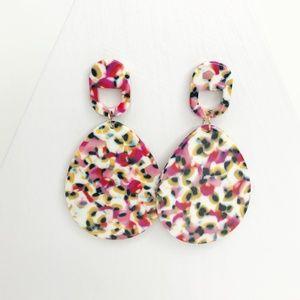 CLOSET REHAB Jewelry - Acrylic Teardrop Earrings in Pink Leopard
